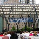 Houstonians Gather to Pray