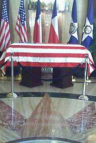 image casket in rotunda