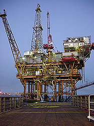 image of oil rig