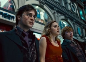 """Film Review: """"Harry Potter and the Deathly Hallows: Part 1"""""""