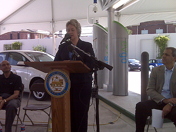Mayor Annise Parker at press conference