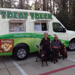 Pawz Treat Truck targets canines at dog parks and other places.