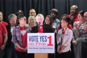 Mayor Annise Parker addresses the pro-HERO crowd