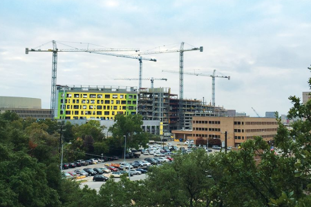 Houston-Based Foundation Gives $1 Million To New Medical School in Austin