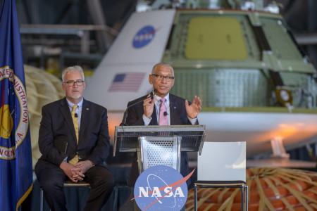 Bolden Says NASA Stays On Track for Mars In Obama's $19 Billion Space Budget