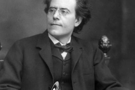 Gustav Mahler with poorly PhotoShopped Grammy.