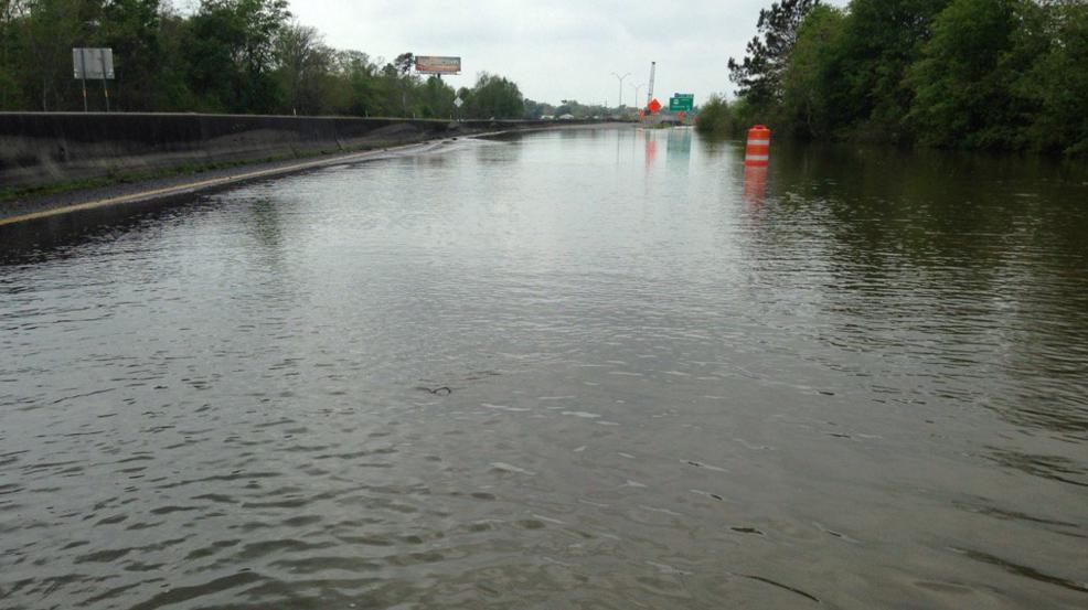 Houston Mayor Leads Aid Campaign For Louisiana Flood Victims