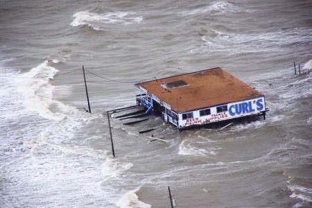Houston-Area Residents Protest Hurricane Plan