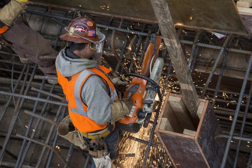 Worker shortage hammers construction industry as D-FW booms