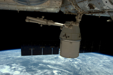 Video: SpaceX Dragon Departs Space Station, Made It Home With Cargo