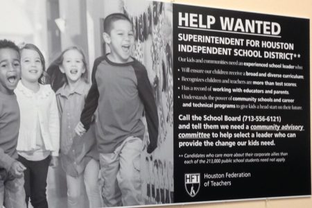 Houston Federation of Teachers campaigns for community input into superintendent selection process