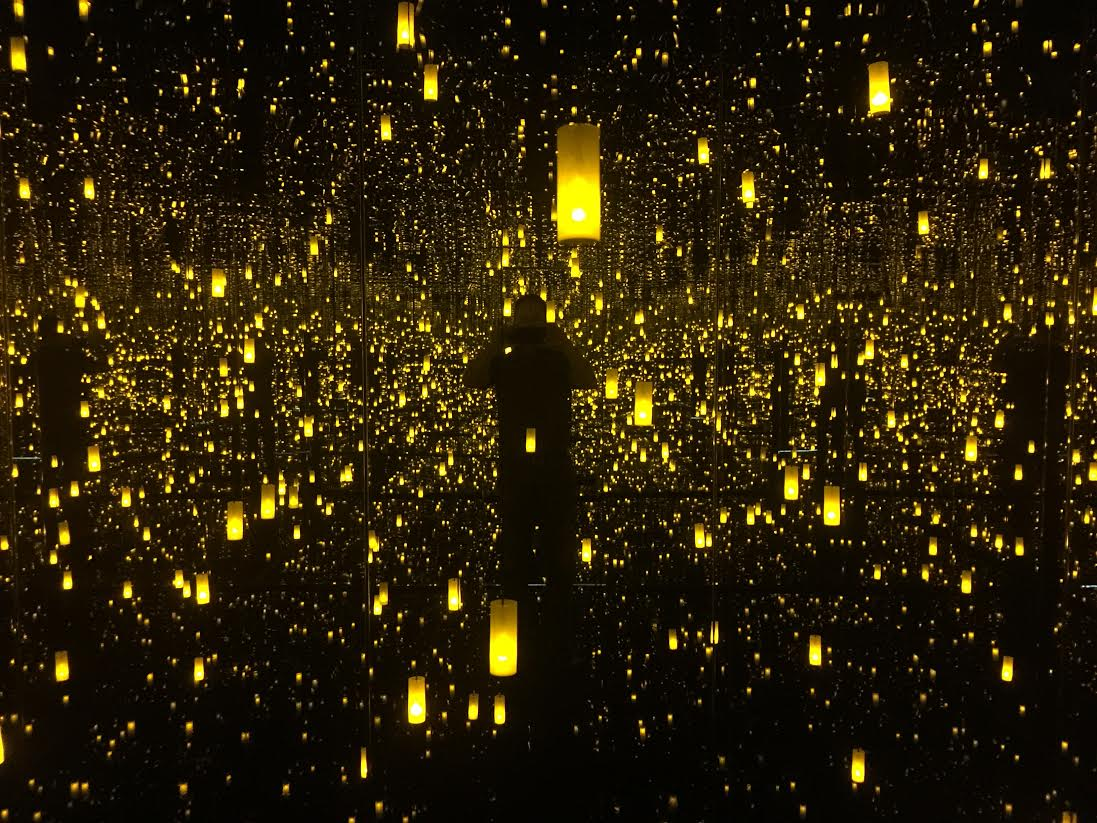 """The view inside Kusama's installation """"The Aftermath of the Obliteration of Infinity"""""""