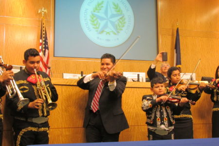 HISD threw its own fiesta to welcome new Superintendent Richard Carranza