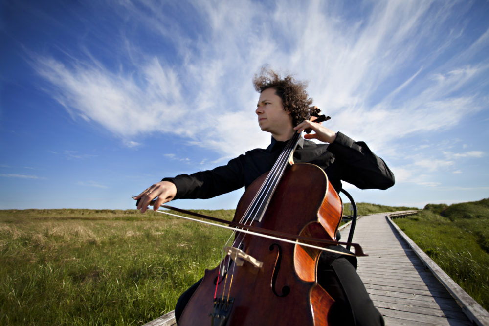 matt haimovitz It's entirely possible that cellist matt haimovitz has forgotten that composers other  than bach exist on his last visit to classical classroom,.
