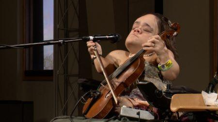 Gaelynn Lea performs in the Geary Studio